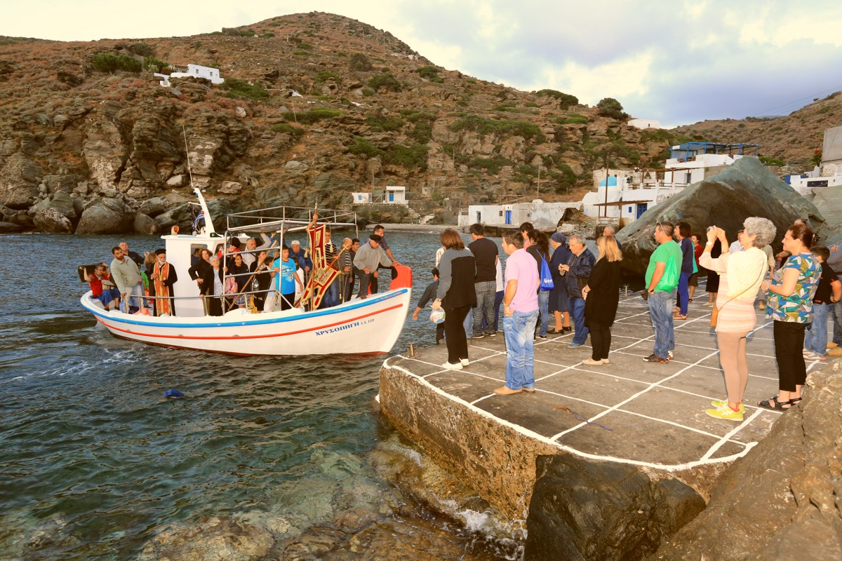 feasts-sifnos-miles-away-travel-2